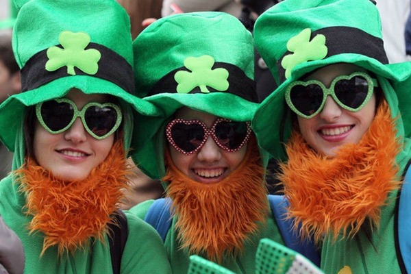 Designate a sober driver ahead of time and enjoy St. Patrick's Day. /Photo: Internet